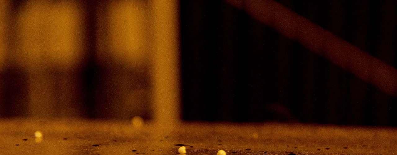 22 de julho -Por cerca de dois minutos, flocos brancos caíram sobre capôs de carros, e no chão em Frederico Westphalen, no Rio Grande do Sul, na madrugada desta segunda-feira