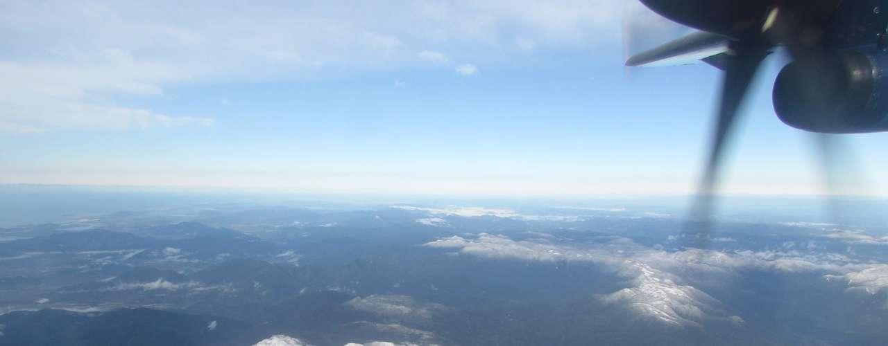 23 de julho - Vista aérea do morro do Cambirela na manhã desta terça-feira