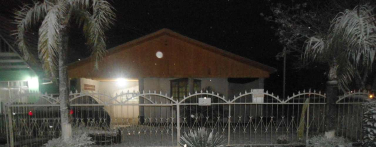 22 de julho -A neve durou mais de duas horas em Lebon Régis e cobriu tudo com uma espessa camada branca e fofa de neve