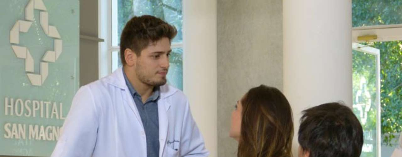 Enquanto aguardam a mudança de testamento de Nicole(Marina Ruy Barbosa),Thales (Ricardo Tozzi) e Leila (Fernanda Machado) são flagrados porRogério (Daniel Rocha) durante uma conversa suspeita