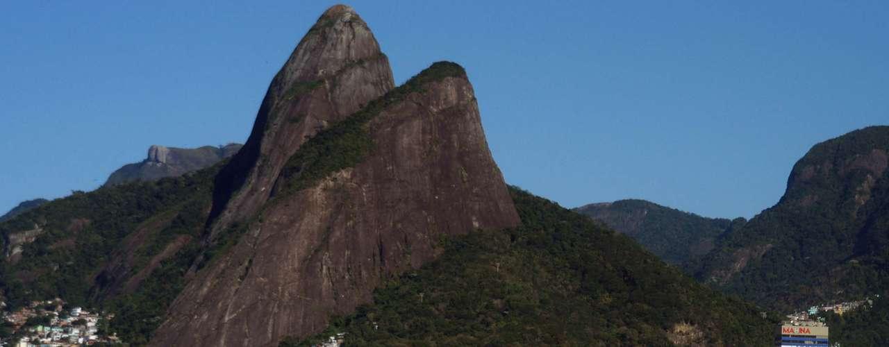 23 de agosto - Calor no Rio de Janeiro chegou hoje aos 35ºC, e levou os banhistas àspraias