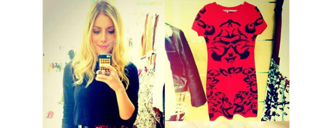 Fabiana Justus, filha de Roberto Justus, usou o Instagram nesta quinta-feira (29) para mostrar seu look do dia. Ela apostou em um vestido vermelho justinho, combinado com blusa preta de manga ¾ e cinto metalizado. Para completar, cabelo com pontas onduladas, pulseira de couro e anel cheio de detalhes