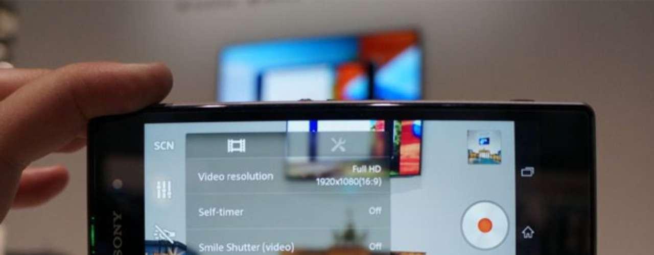 Filmadora tem opção de HDR e vídeos chegam a 1080p