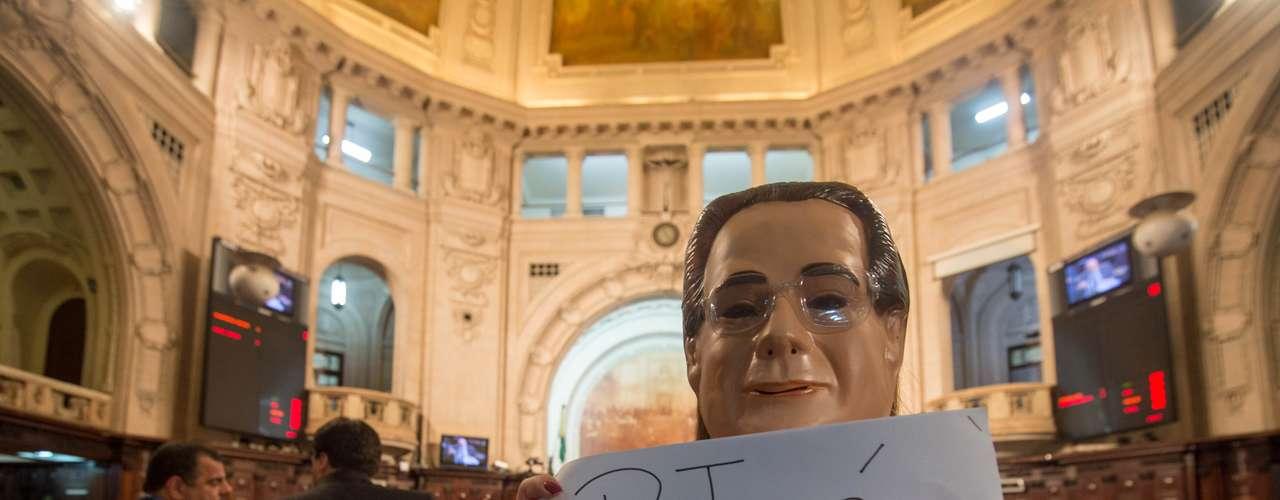 10 de setembro - Deputada Clarissa Garotinho aproveitou protesto para criticar mensalão do PT