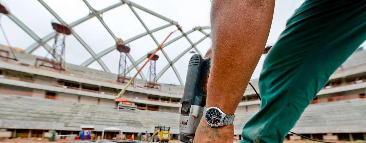 11 de setembro: na semana passada, teve início a instalação dos assentos das arquibancadas na Arena da Amazônia. A maioria das mais de 40 mil cadeiras será fixadaaté outubro