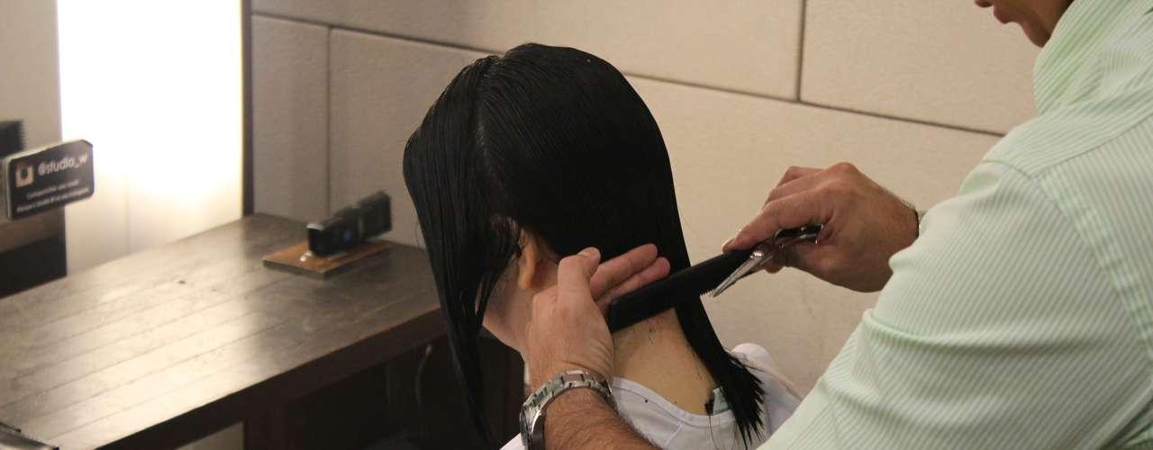 A ideia era eliminar as pontas esticadas demais e dar leveza e balanço ao cabelo