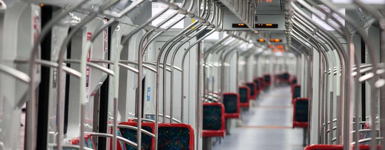 Os anúncios das obras foram feitos durante a entrega dos últimos seis trens da série 8000 para a Linha 8-Diamante da CPTM.