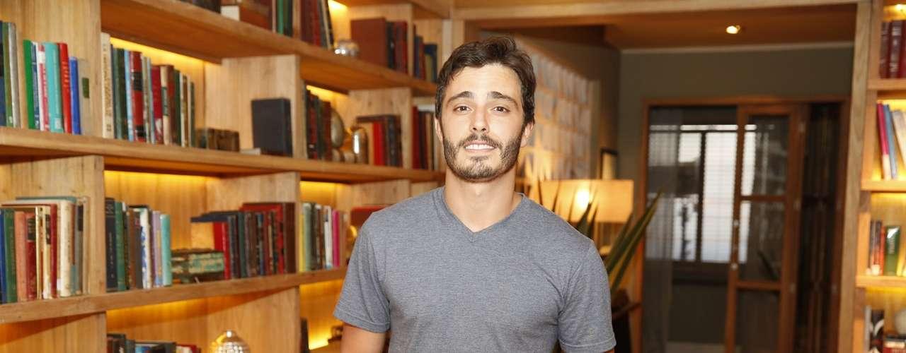O elenco de 'Além do Horizonte' participou da coletiva de imprensa da nova novela das sete, da Globo, nesta terça-feira (15). Na foto, Thiago Rodrigues