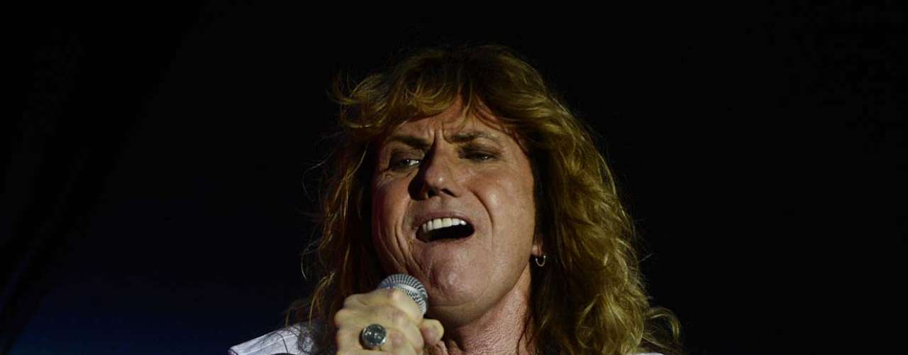 Dona de sucessos como Is This Love, do álbum Whitesnake (1987), e Love aint no Stranger, de Slide It In (1984), a banda Whitesnake se apresentou no segundo e último dia do Monsters of Rock