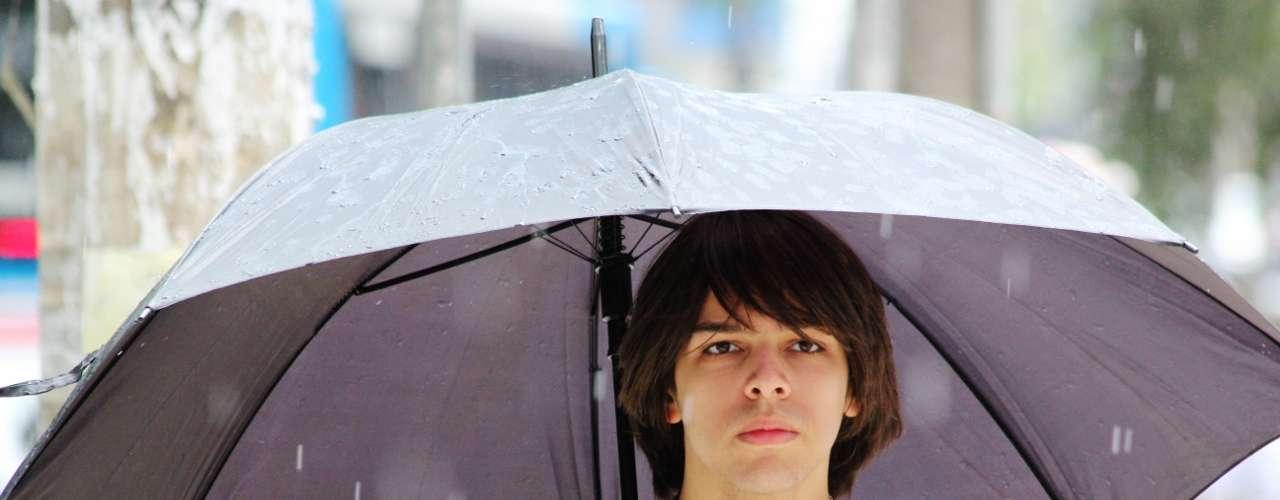 São Paulo - Porém, apesar da chuva, não foram registrados atrasos neste local de prova no segundo dia de exame