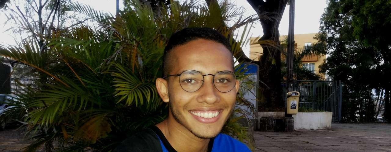 Salvador-Cursando o quinto semestre numa universidade privada, Lucas Cordeiro pretende melhorar a classificação no Enem para conseguir uma vaga no programa Ciência Sem Fronteiras