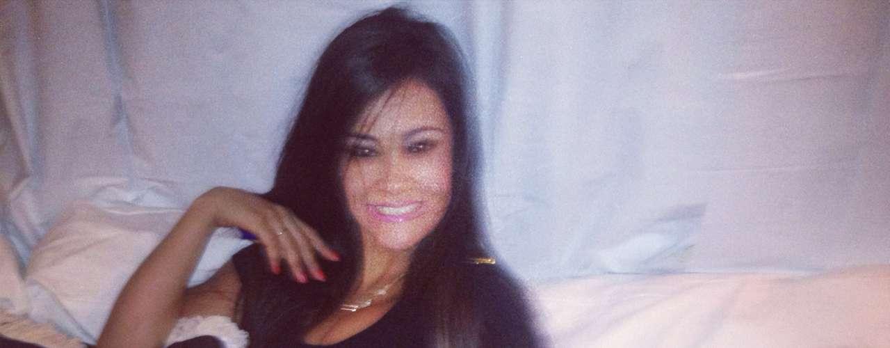 O blogueiro Perez Hilton apontou a modelo Tati Neves como responsável por ter filmado Justin Bieber na cama