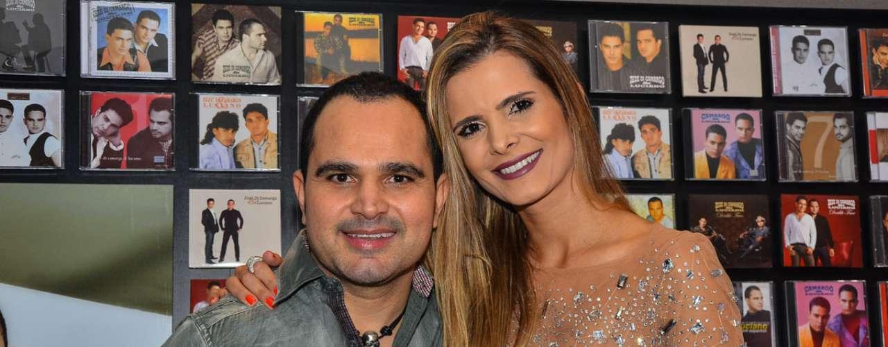 Zezé Di Camargo & Luciano fizeram o primeiro show da mini-turnê no Credicard Hall, em São Paulo. Na foto, Luciano e sua mulher, Flávia