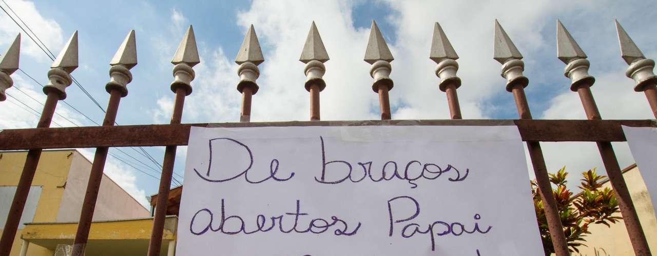 12 de novembro -  Cartaz em homenagem ao menino Joaquim