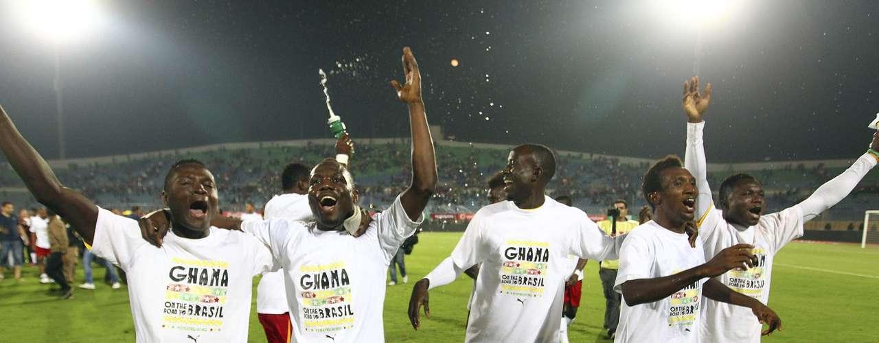 Gana - vencedor do playoff das Eliminatórias Africanassobre Egito