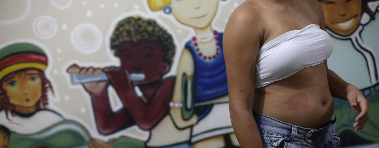 Autoridades que trabalham com a questão da prostituição infantil dizem que os esforços do governo são pequenos para enfrentar o problema