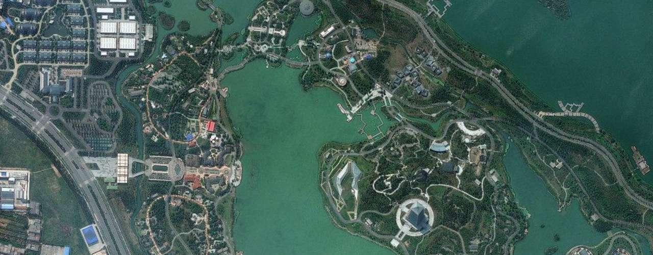Em Xian, na China, a imagem mostra o parque Shiyuan