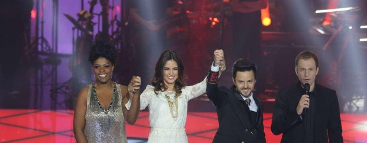 Cecília Militão, Marcela Bueno e Rubens Daniel, do time do sertanejo Daniel
