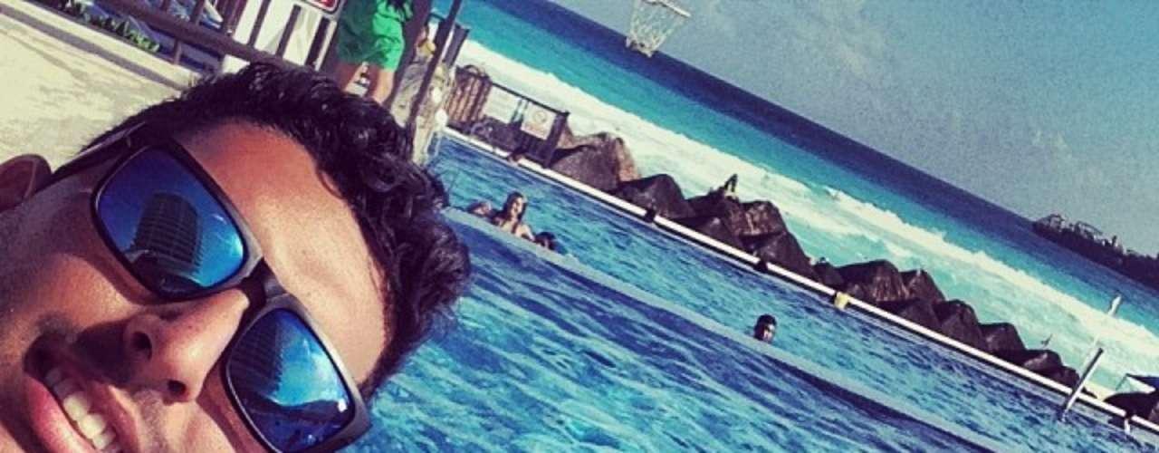 Rodrigo Frauches, do Flamengo, curte férias em Cancún, no México