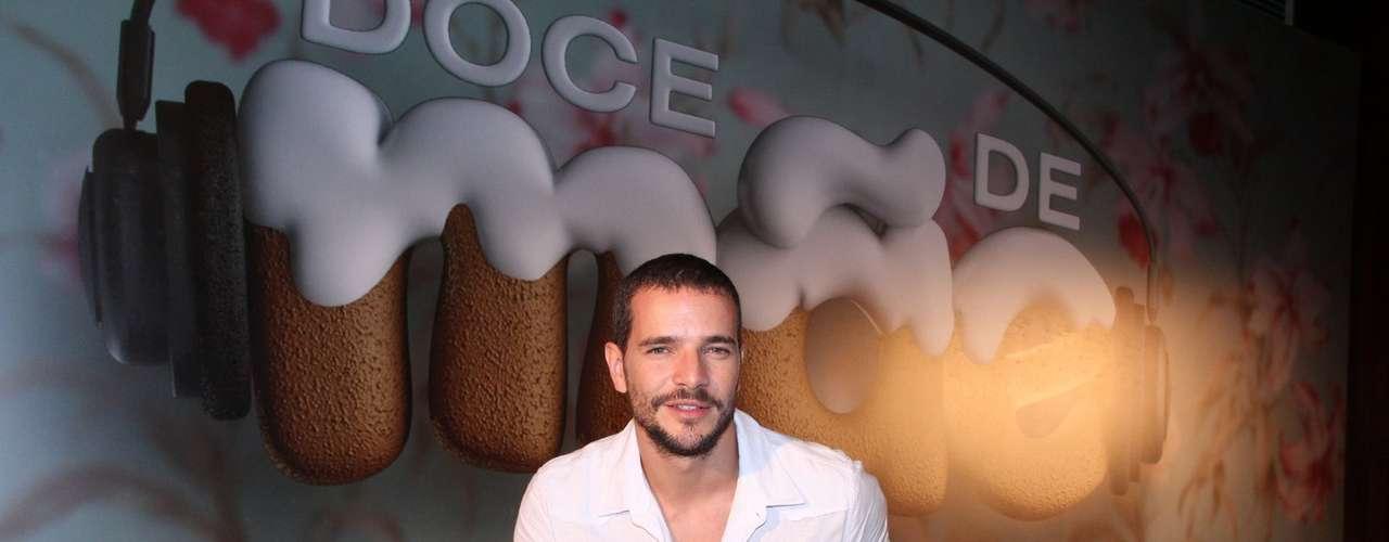 O elenco de Doce de Mãe divulgou nessa terça-feira (21) a nova série da Globo. Na foto, Daniel Oliveira