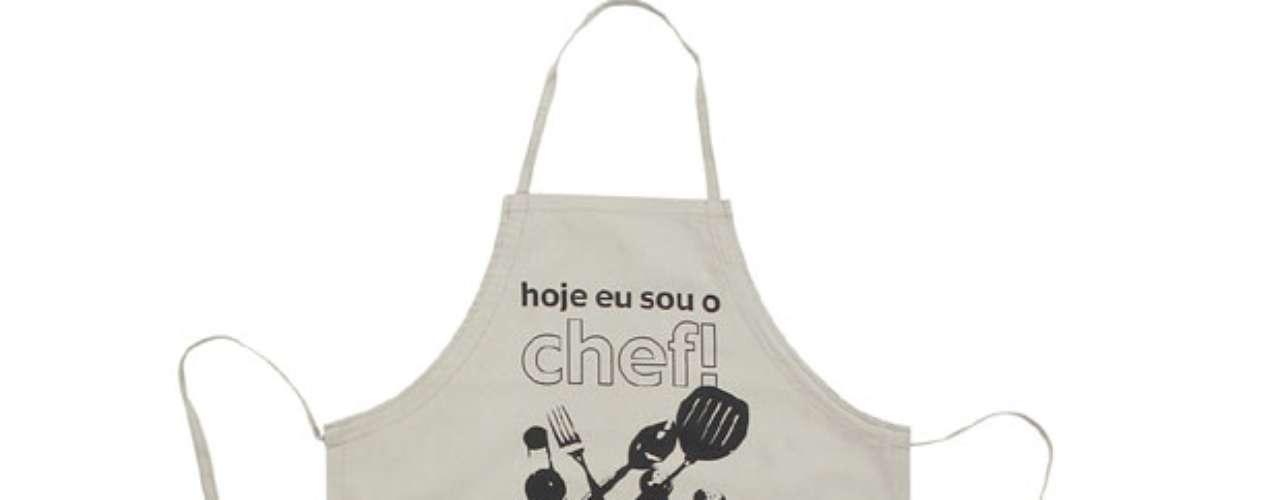 Sugestão de avental da Tok&Stok. Preço: R$ 39,90 (consultado no mês de janeiro em São Paulo, sujeito a alterações). Informações:0800-7010161