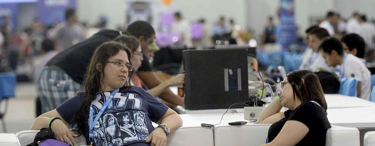 Segundo Paco Ragageles, cofundador da Campus Party, a Campus Party deste ano quer impulsionar os jovens empreendedores