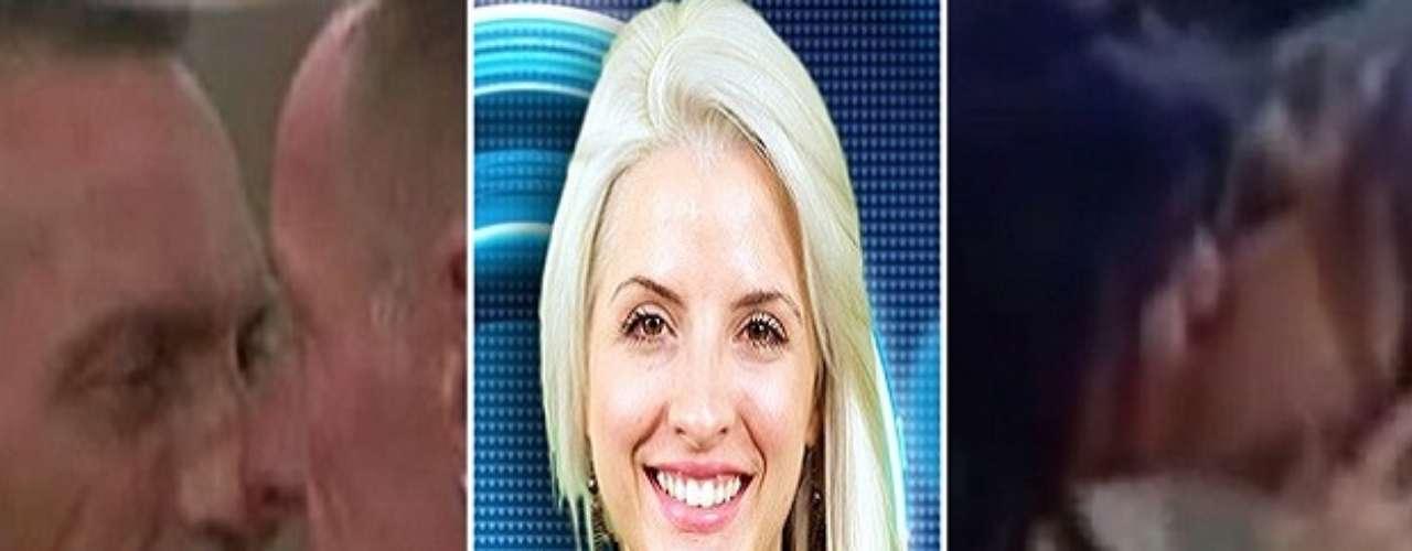 Casada fora da casa, a participante Clara têm despertado a atenção do público por seu envolvimento com Vanessa no 'BBB 14'. As duas tem trocado beijos e declarações românticas no programa. Ao redor do mundo, em outras edições do Big Brother, alguns casais homossexuais também causaram polêmica. Confira!