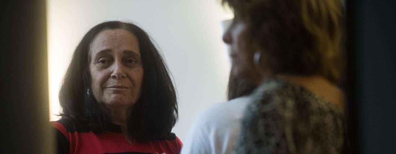 13 de fevereiro - Arlita Andrade, mulher do cinegrafista morto no protesto