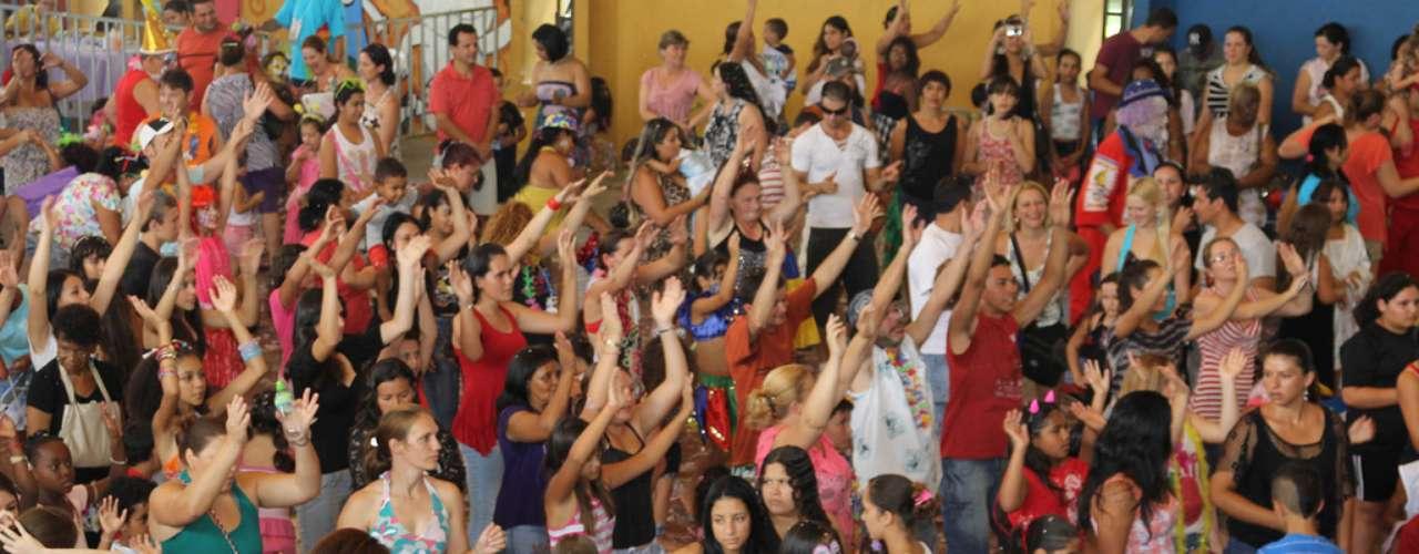 O Baile Infantil de 2014 acontece nos dias 3 e 4 de março no Ginásio de Esportes Bairro Novo