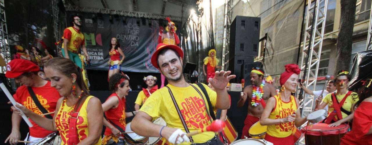 O bloco Garibaldis e Sacis vai à avenida Marechal Deodoro neste domingo, dia 23