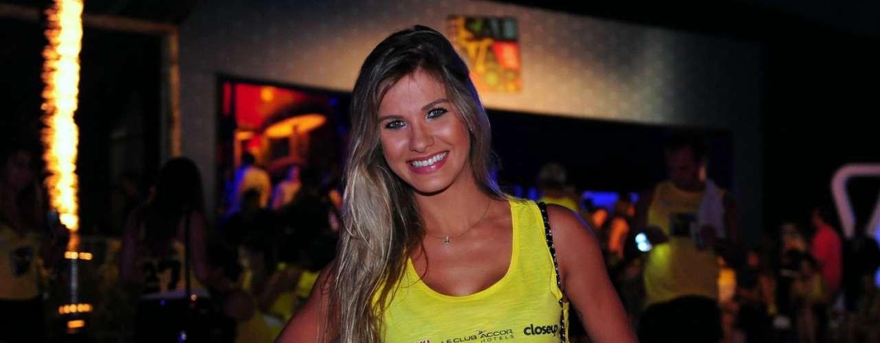 O Camarote Salvador recebeu muitas celebridades na noite dessa quinta-feira (27). Na foto, Andressa Suita