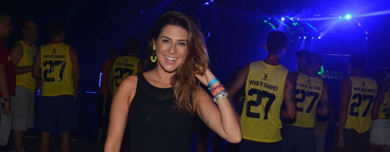 O Camarote Salvador recebeu muitas celebridades na noite dessa quinta-feira (27).  Na foto, Fernanda Paes Leme