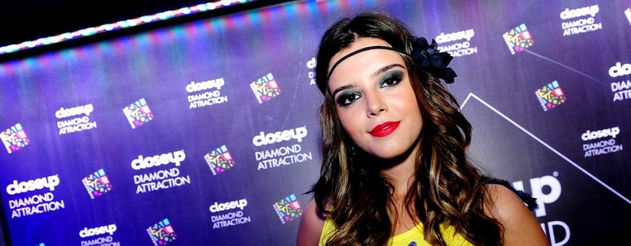 O Camarote Salvador recebeu muitas celebridades na noite dessa quinta-feira (27). Na foto, Giovanna Lancellotti