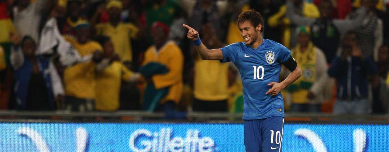 Logo no primeiro minuto, Neymar fez mais um gol, o terceiro da Seleção