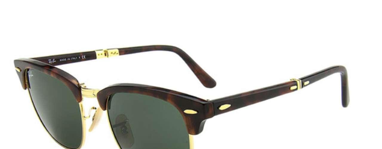 Óculos Ray-Ban encontrado na eÓtica. R$ 500. SAC: (11) 3064-3003