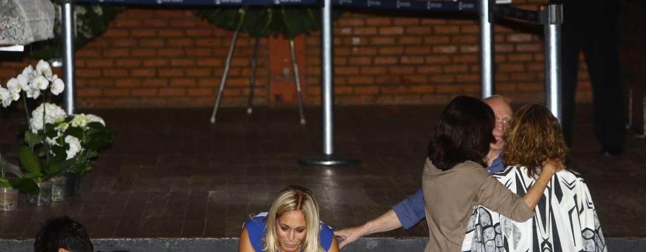 Susana Vieira foi se despedir do amigo