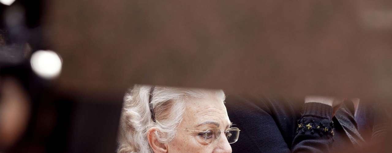 Avó materna de Bernardo, Jussara Marlene Uglione, 73 anos, acompanhou o enterro do neto