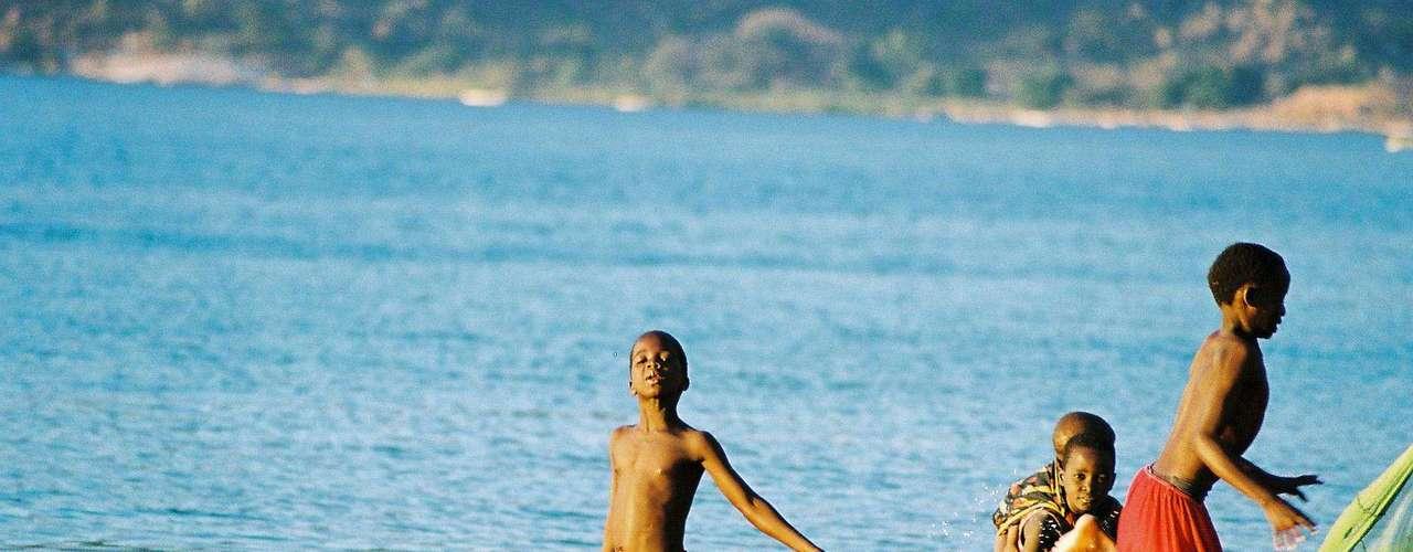 Maláui  Os habitantes de Maláui se definem como \