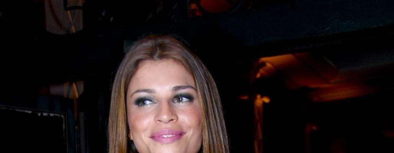 A atriz Grazi Massafera já tinha silicone nos seios quando participou do Big Brother Brasil 7, programa que a tornou uma estrela global, em 2007