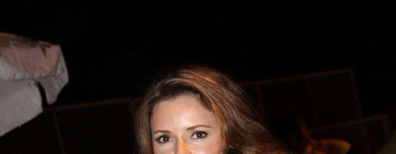 Depois de dar vida à exibida Kátia, na novela Alma Gêmea, da TV Globo, a atriz Rita Guedes resolveu aderir ao estilo turbinado da personagem e colocou 175 ml de silicone. Em entrevista à imprensa brasileira, em 2006, ela revelou que precisa cuidar da imagem, por isso, adorou o resultado