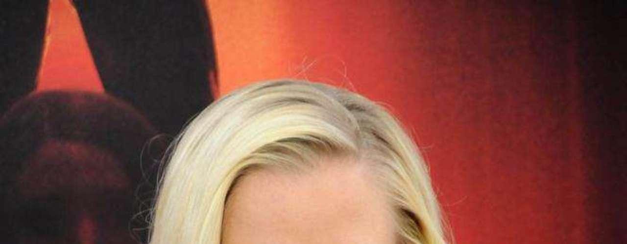 Ex-coelhinha da Playboy, Kendra Wilkinson está sempre preocupada com o corpo. Ainda enquanto morava na mansão Playboy, em meados de 2008, a bela não escondeu já ter recorrido às próteses para se sentir mais atraente nas páginas da revista