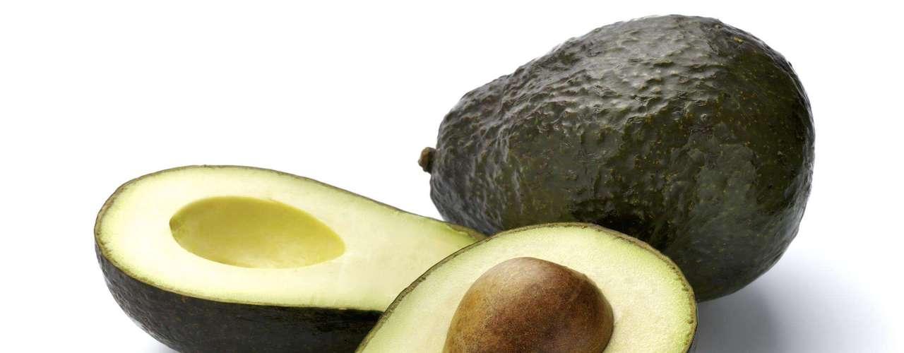Abacate - Rico em fibras e gordura saudável, essa fruta pode inibir o apetite, quando consumida com moderação. Na verdade, é justamente a gordura do abacate envia sinais ao nosso cérebro para avisar nosso estômago que ele está cheio