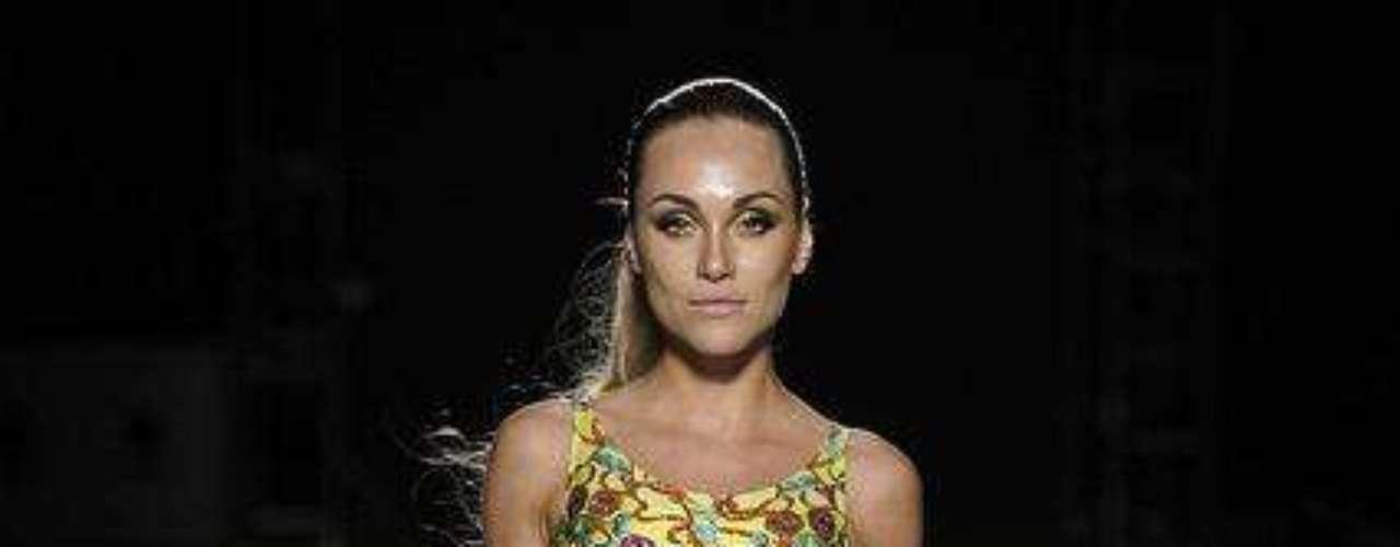 Maiô recortado, tendência nas passarelas de semanas de moda, foram referência da Sta Victoria