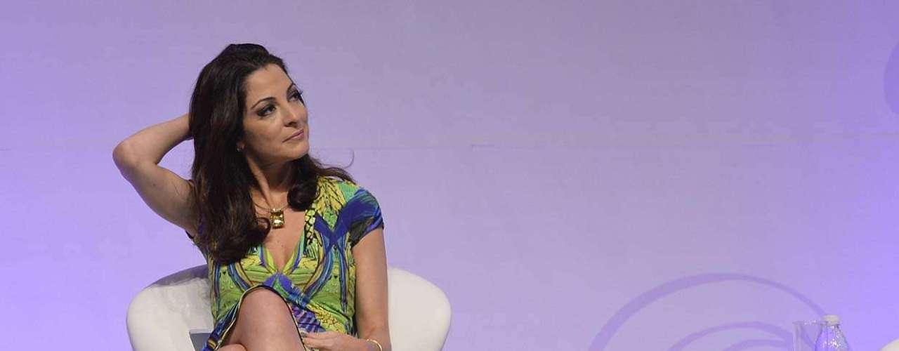 Além de Mel Lisboa, o Fórum Mulheres Reais que Inspiram, mediado pela jornalista Ana Paula Padrão, trouxe palestras e presenças de mulheres ligadas a causas mundiais, projetos sociais e movimentos políticos