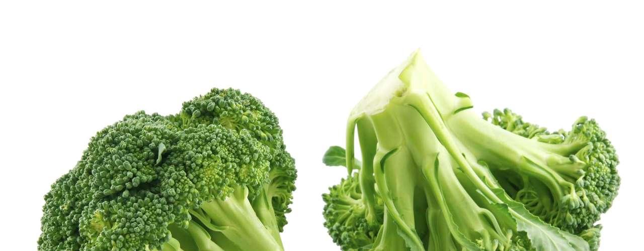 Brócolis: a lista de benefícios ao corpo inclui alto índice de fibras, vitaminas C, K, E e B, cálcio, ferro, selênio e potássio