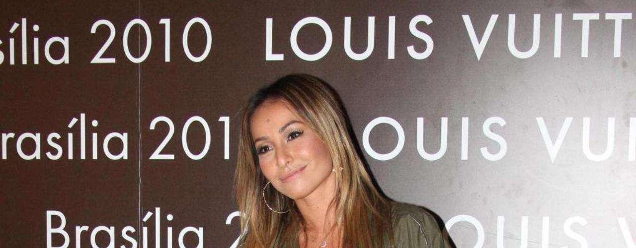 Para a especialista Juliana, neste look Sabrina se perdeu um pouco do estilo que costuma seguir. \