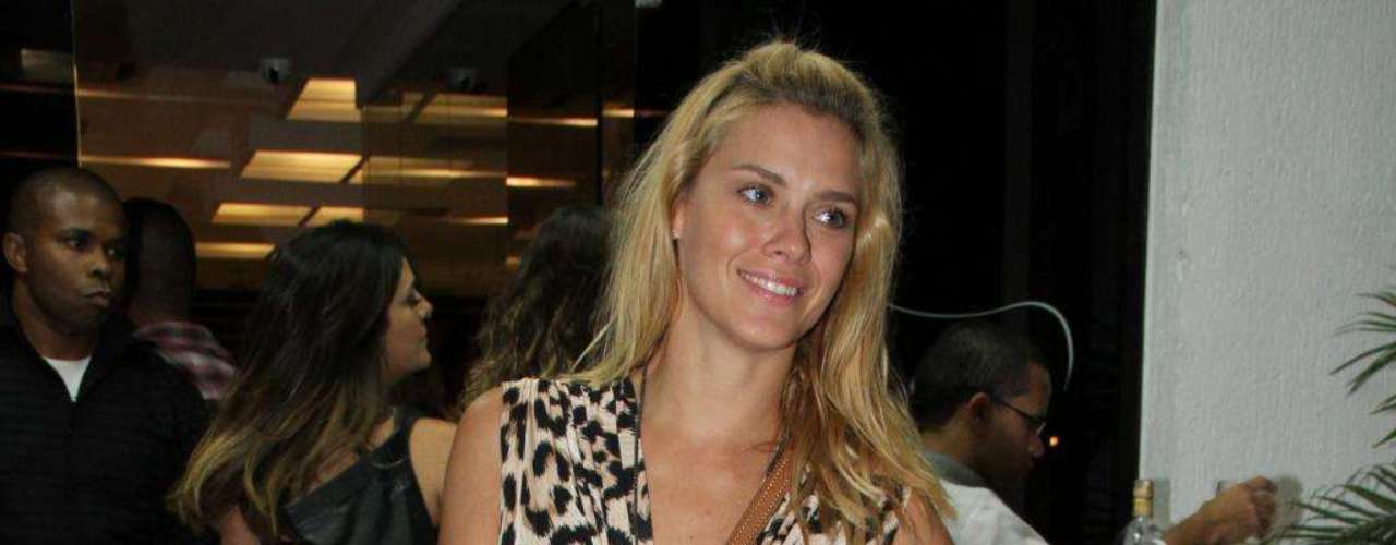 Carol Dieckmman também tem um corpo magro, desejado por 32% das brasileiras