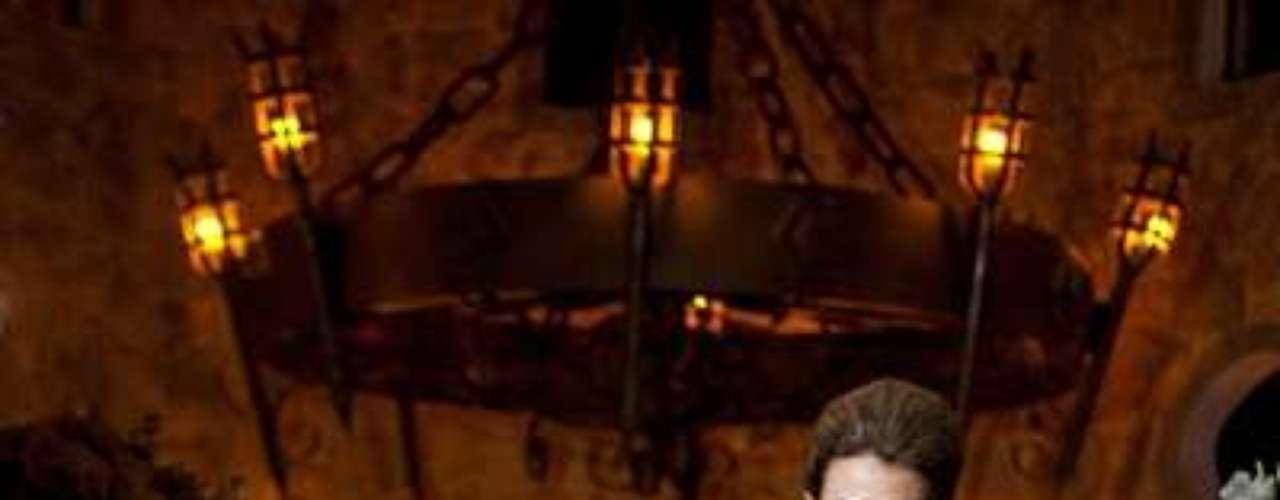 Fabiana namora o cantor de sertanejo Roby, que acompanhou o ensaio