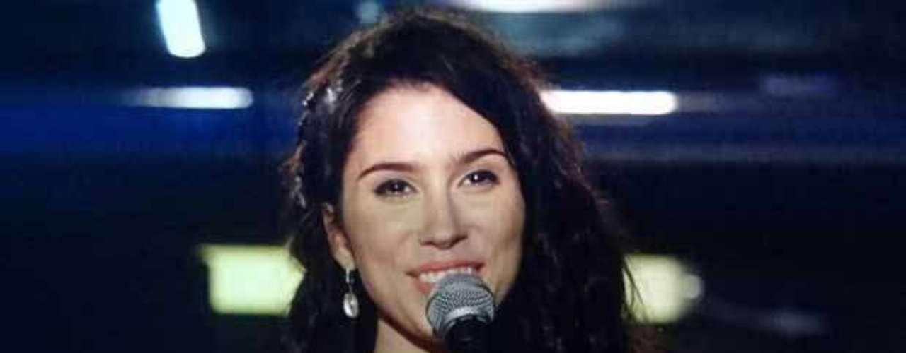 O esmalte azul da personagem Gabi (Olívia Torres), de Amor Eterno Amor, está entre os mais pedidos