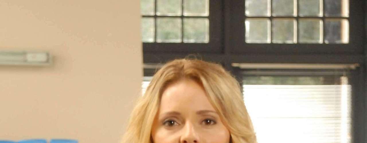 Vaidosa, a atriz Rita Guedes é fã de uma loção para deixar o rosto limpo e tonificado.